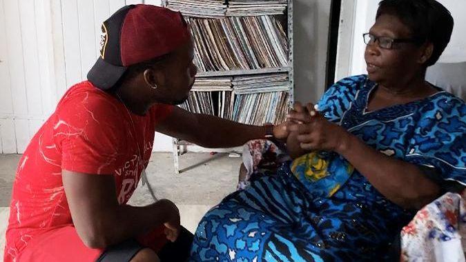 Filme l'avenir en Guadeloupe : [08] Les Abymes - Bonjour Madame
