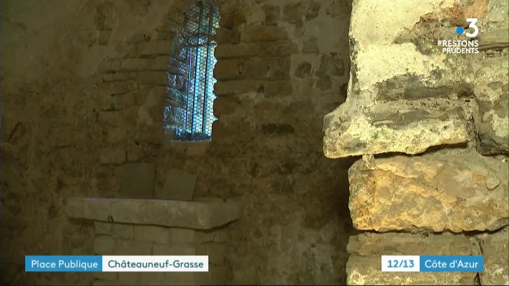 Édition de proximité - Place publique - Châteauneuf-Grasse 3/4
