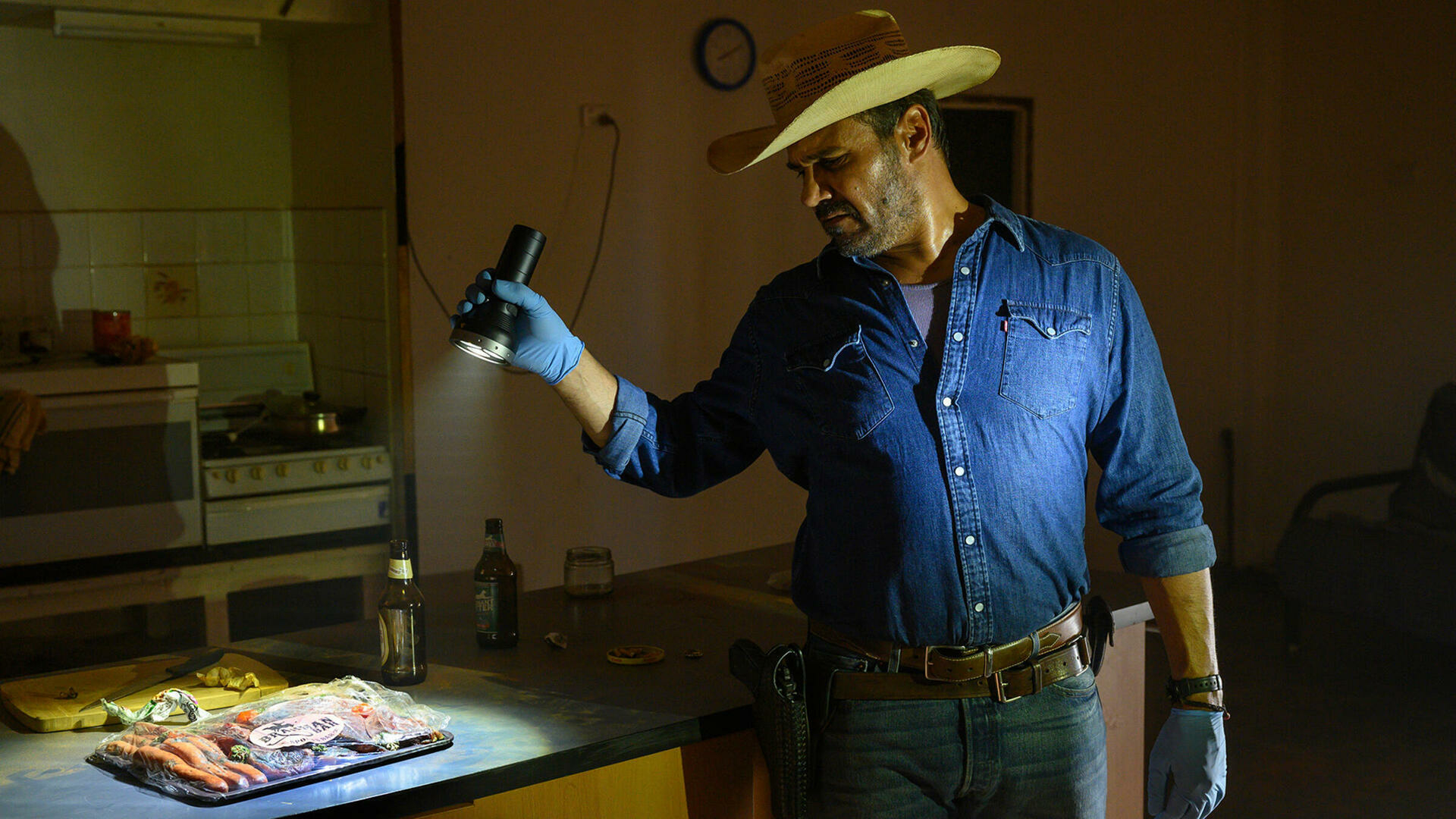 Mystery Road : The Road